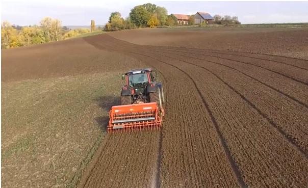 Traktor Säen